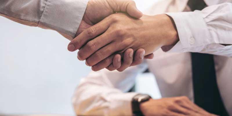 La firma de compraventas e hipotecas se paraliza por el coronavirus, salvo los casos de urgencia