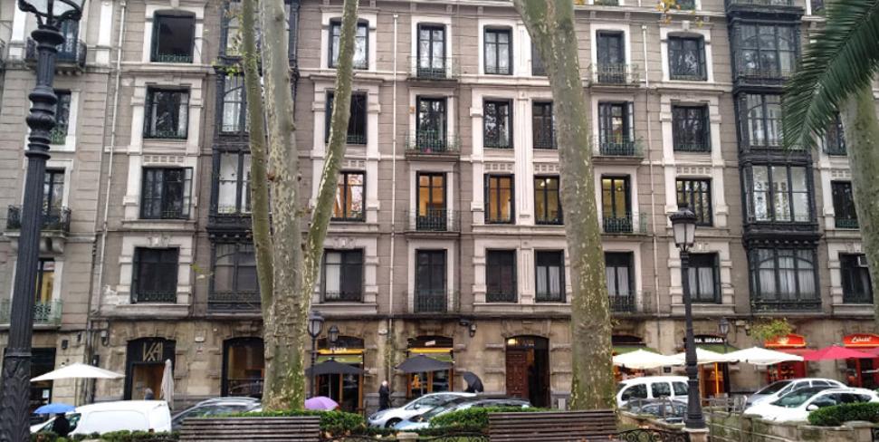 El Ayuntamiento de Bilbao vuelve a ofertar el edificio de Colón de Larreategi